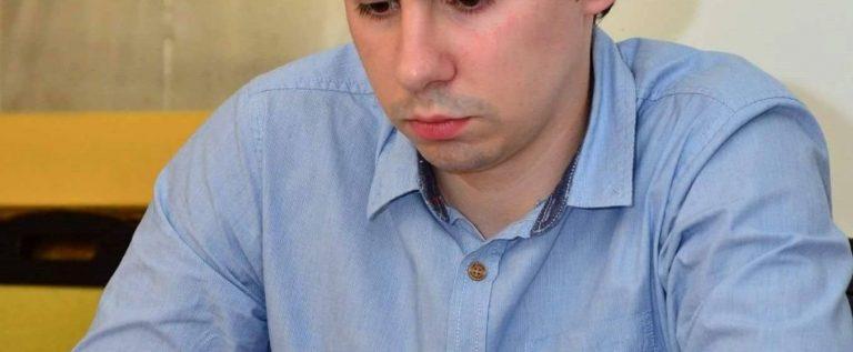 Vados Arad l-a transferat pe campionul naţional la şah