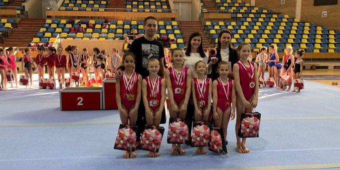 """Micile gimnaste au cucerit medalii, la Cupa """"Emilia Eberle"""""""