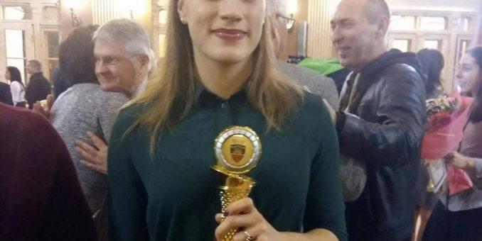 Gimnasta Zsofia Meszar, pe podium şi la Gala Sportului Arădean