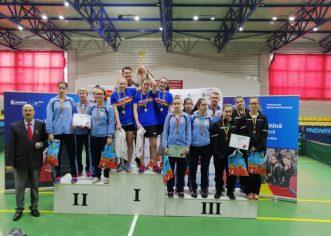 Junioarele de la CSM Arad, bronz pe echipe în tenisul de masă