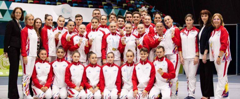 Gimnaştii de la CS Universitatea mai aşteaptă un an până la medaliile mondiale