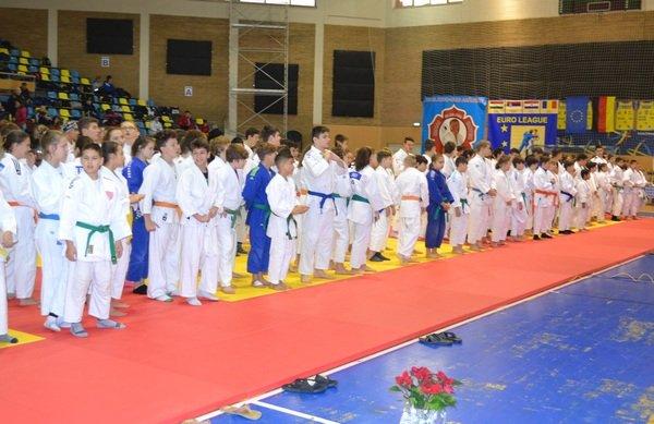Șase medalii naționale pentru CSM Arad la judo