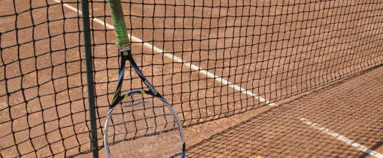 Startul sezonului de tenis, în Arad, se amână pentru luna august