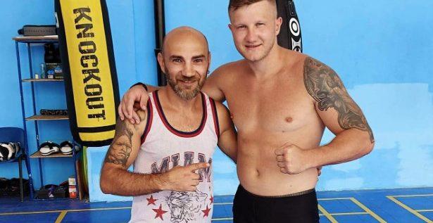 """Edi """"The Blitz"""" Gafencu revine în ring! Fighterul arădean îi acordă revanşa lui Mihăilă"""