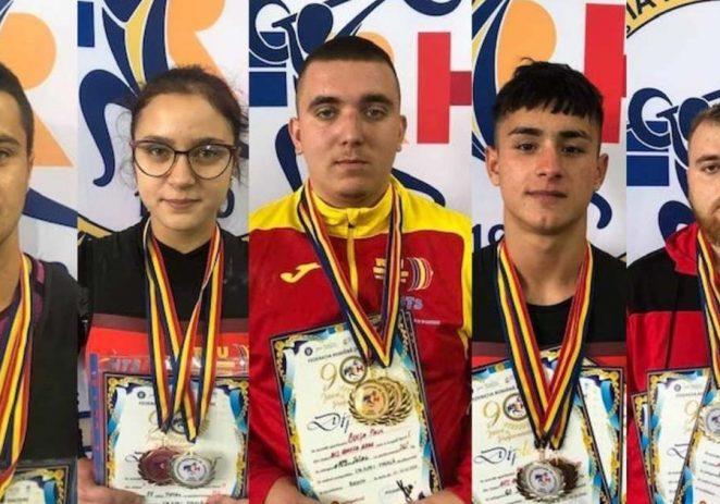 Salbă de medalii naţionale pentru halterofilii de la CS AMEFA
