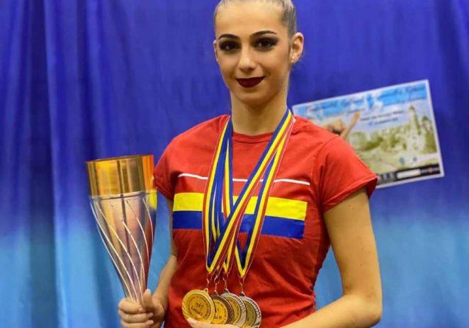 Sonia Ichim, vedeta Aradului la Naţionalele de ritmică! Medalii pentru junioarele şi echipele de la CSM