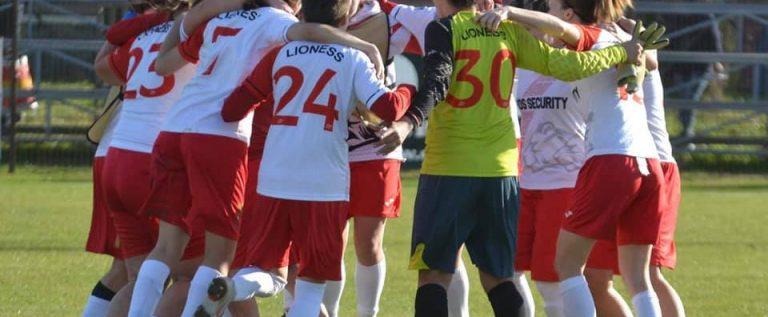 """""""Leoaicele"""" de la Piroş au câştigat derby-ul şi încheie anul pe podiumul Ligii 1!"""