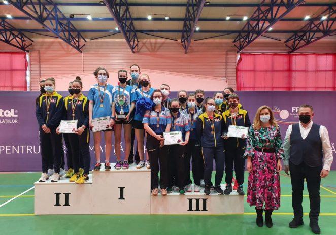 Junioare de bronz, în tenisul de masă! CSM Arad, pe podiumul naţional