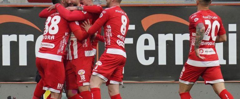 UTA are Viitor în Liga 1: debut cu victorie, în play-out şi aniversare fericită!