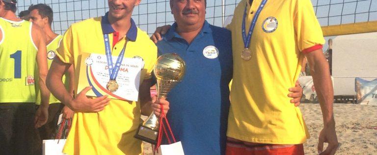 Se încinge nisipul la Arad! Ştefan Gog şi CS Fan anunţă două turnee în această vară