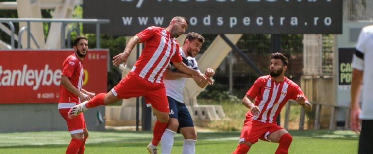 UTA a câştigat amicalul cu Şelimbărul, primul meci la reapariţia în faţa fanilor