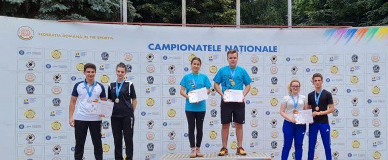 Pistolarii arădeni au ţintit medalii la finalele de glonţ pentru juniori şi tineret